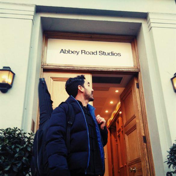 Miguelo Delgado en abbey road studios